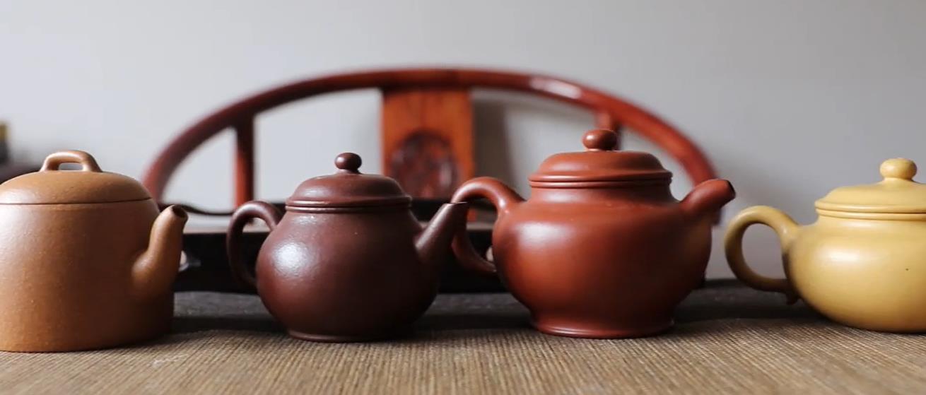 紫砂泡绿茶.jpg